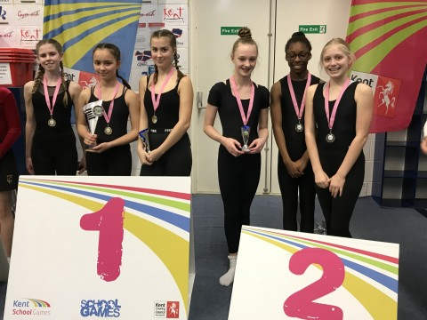 U13 inter girls trampolining